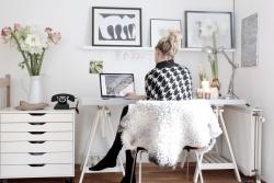 otthon akar dolgozni)